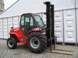 Urządzenia samojezdne służące ograniczeniu obciążenia układu mięśniowo-szkieletowego - pow. 450 kg (wózki widłowe samojezdniowe, suwnice, HDS, ładowarko-spycharki)